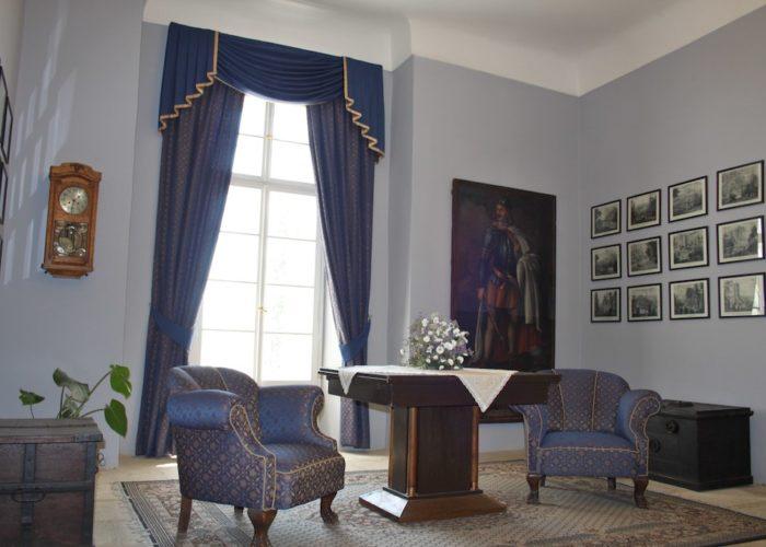 dekorační závěsy a girlandy pro Hrad Svojanov