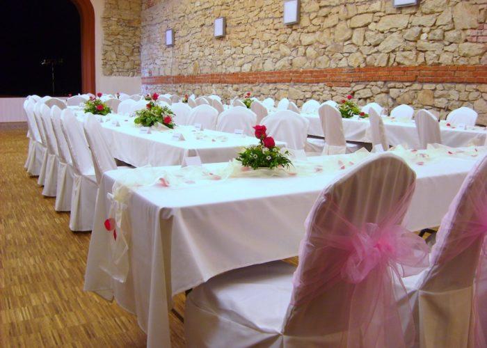 ubrusy a povlaky pro svatební tabule hotel Lidový dům Lysice 2