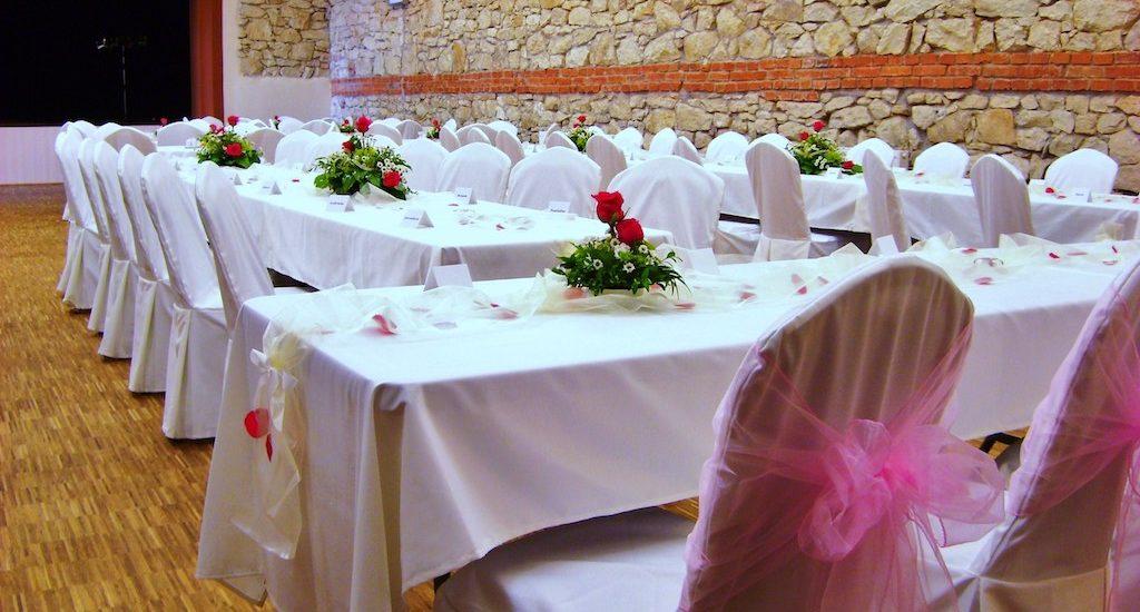 ubrusy na svatební tabuli Hotel Lidový dům Lysice 2